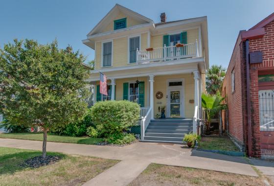 2605 Broadway St Galveston TX 77550